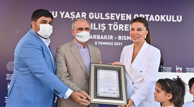 Ebru Yaşar Ortaokulu Açıldı...